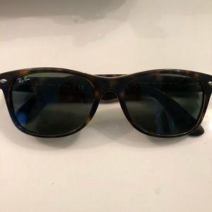 """Ray Ban """"New Wayfarer"""" RB2132 sunglasses"""